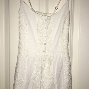 Abercrombie & Fitch size xs white lace dress